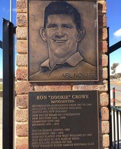 Bland - Main Oval Ron Crowe